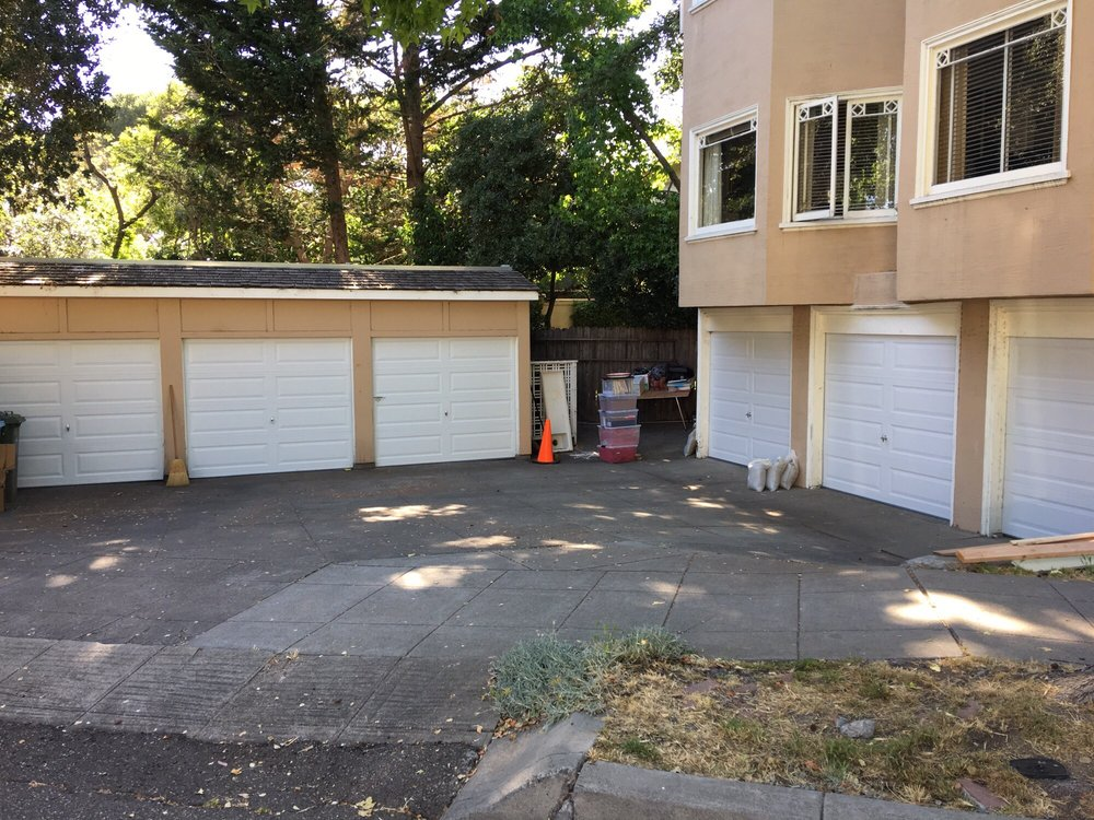 All Bay Garage Doors - Kevin Chervatin - Long Panel Steel Garage Doors - 11.jpg