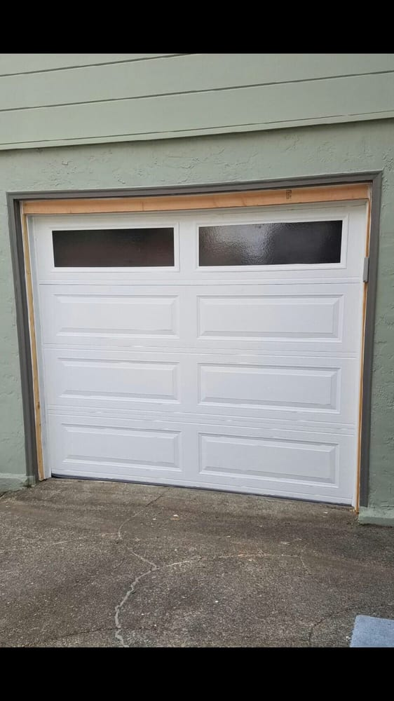 All Bay Garage Doors - Kevin Chervatin - Long Panel Steel Garage Doors - 15.jpg