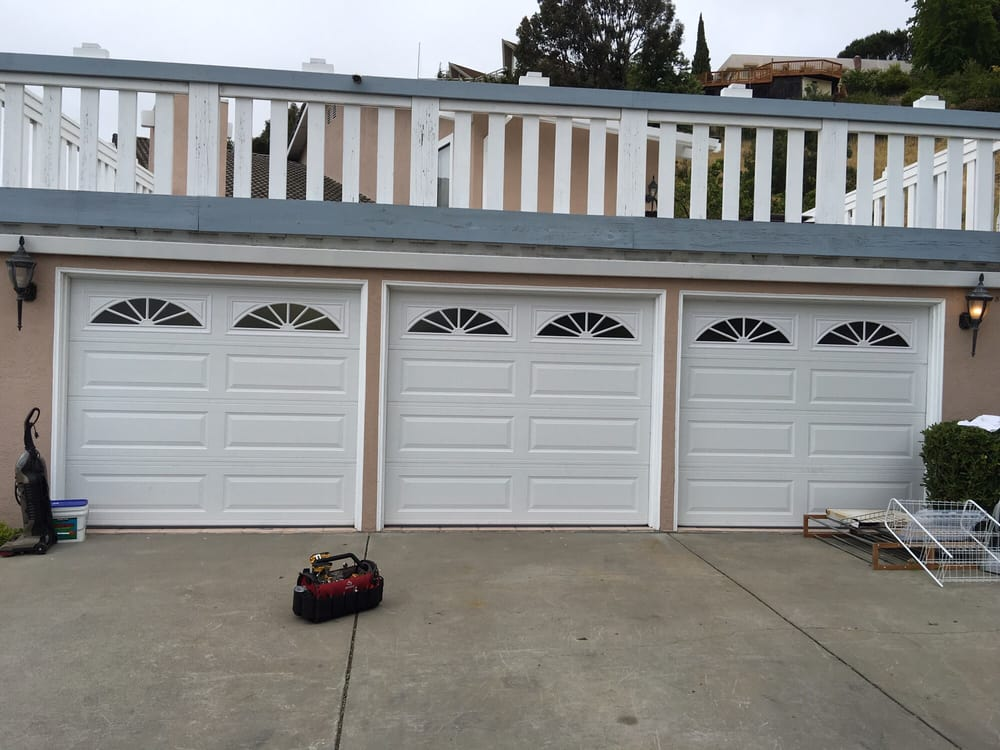 All Bay Garage Doors - Kevin Chervatin - Long Panel Steel Garage Doors - 16.jpg