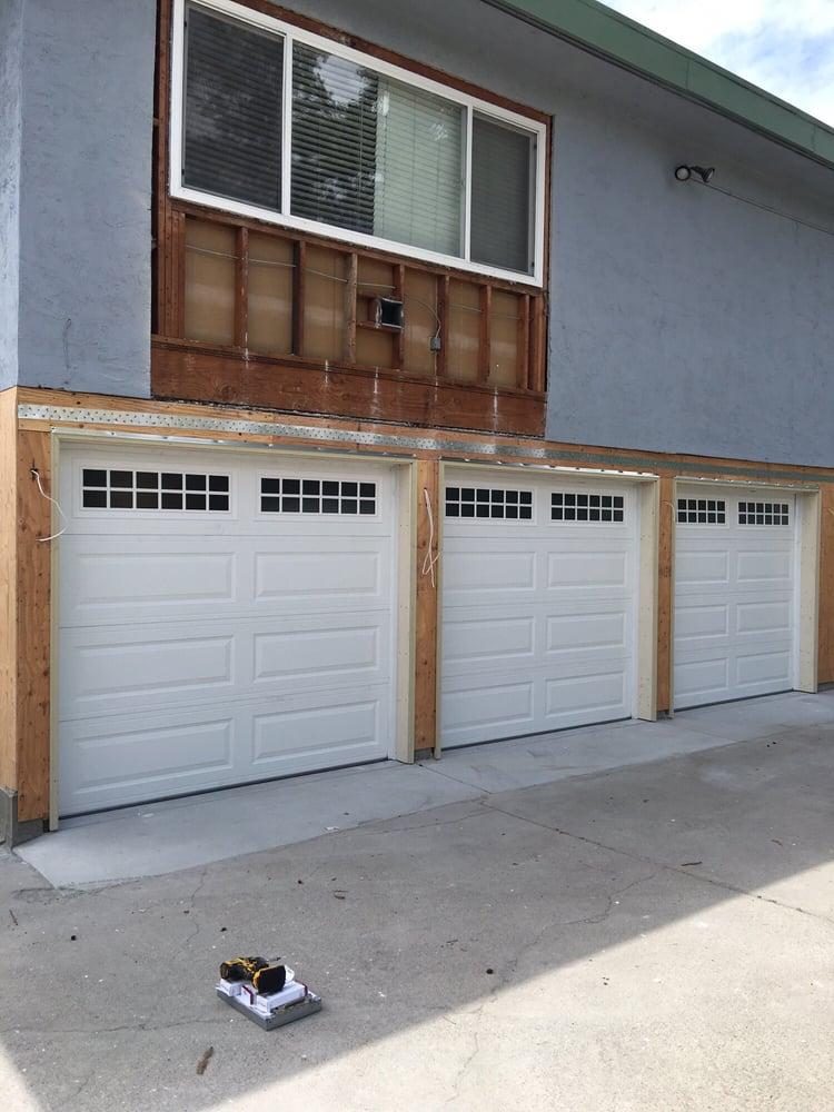 All Bay Garage Doors - Kevin Chervatin - Long Panel Steel Garage Doors - 17.jpg
