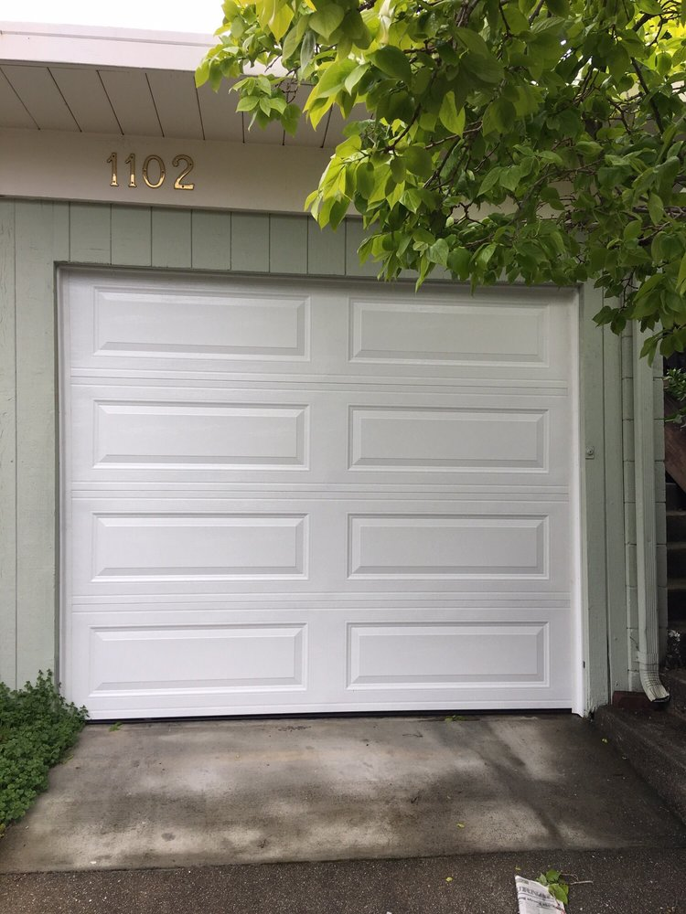 All Bay Garage Doors - Kevin Chervatin - Long Panel Steel Garage Doors - 28.jpg