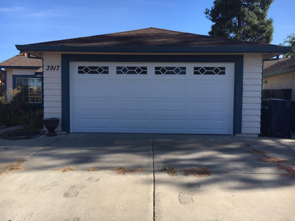 All Bay Garage Doors - Kevin Chervatin - Long Panel Steel Garage Doors - 41.jpg