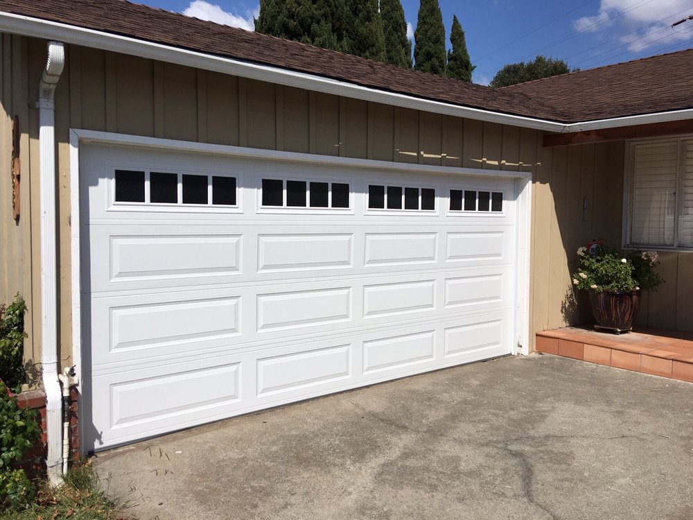 All Bay Garage Doors - Kevin Chervatin - Long Panel Steel Garage Doors - 47.jpg