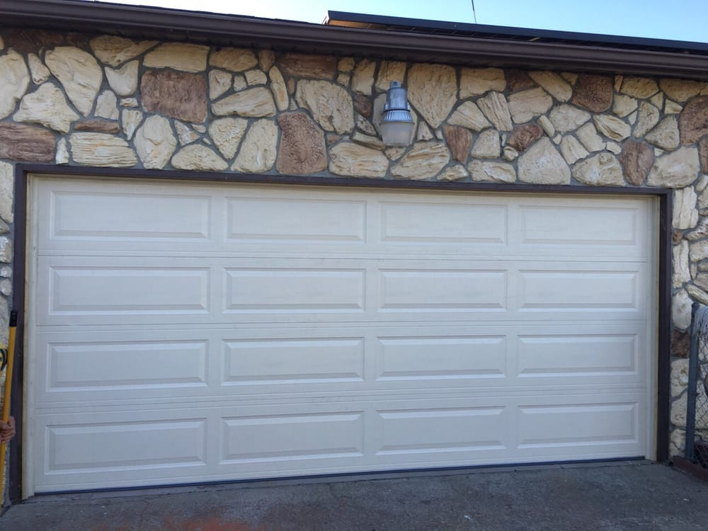 All Bay Garage Doors - Kevin Chervatin - Long Panel Steel Garage Doors - 57.jpg