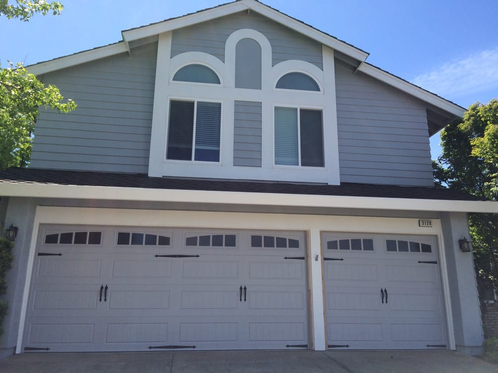 All Bay Garage Doors - Kevin Chervatin - Oak Summit Steel Garage Doors - 24.jpg