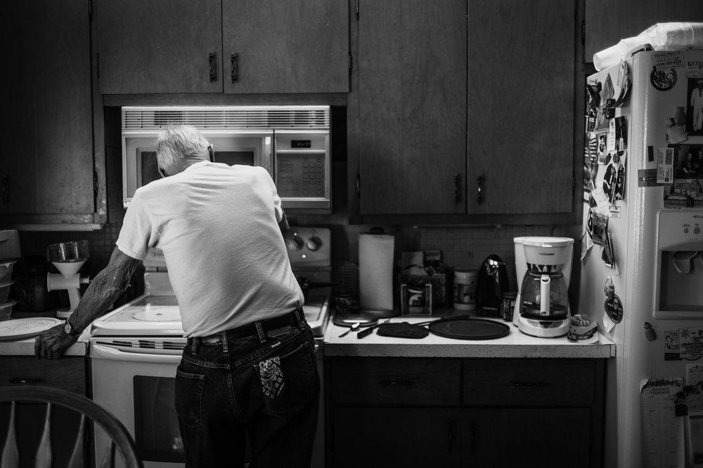 Lifestyle Documentary Great Grandparents Made Beloved Photography Cedar Falls Iowa-1.jpg