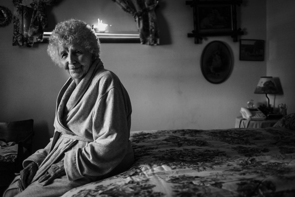 Lifestyle Documentary Great Grandparents Made Beloved Photography Cedar Falls Iowa-4.jpg