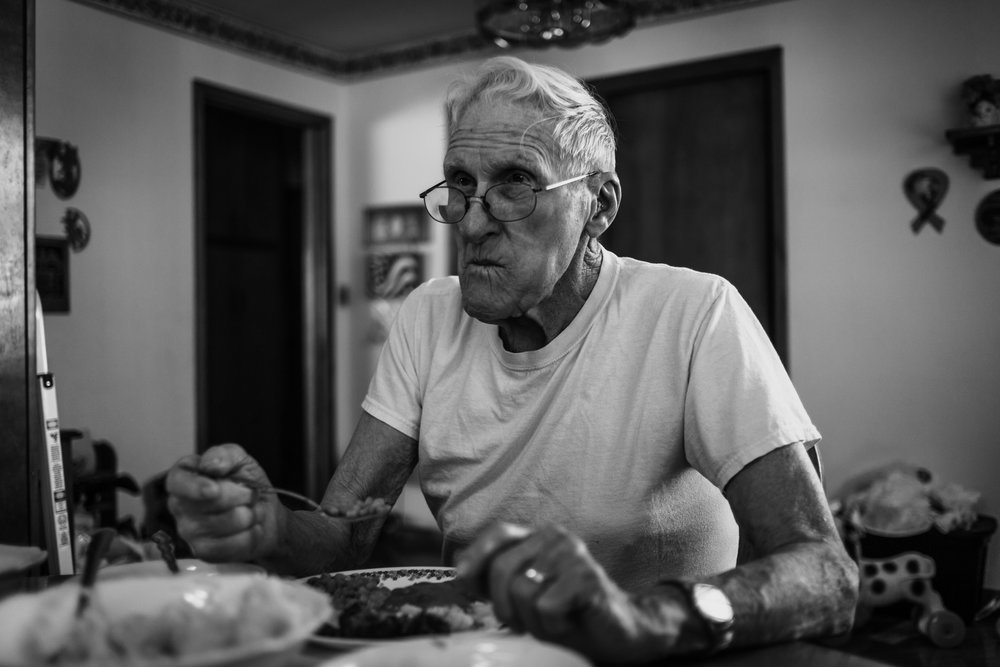 Lifestyle Documentary Great Grandparents Made Beloved Photography Cedar Falls Iowa-8.jpg