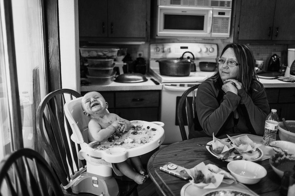 Lifestyle Documentary Great Grandparents Made Beloved Photography Cedar Falls Iowa-10.jpg