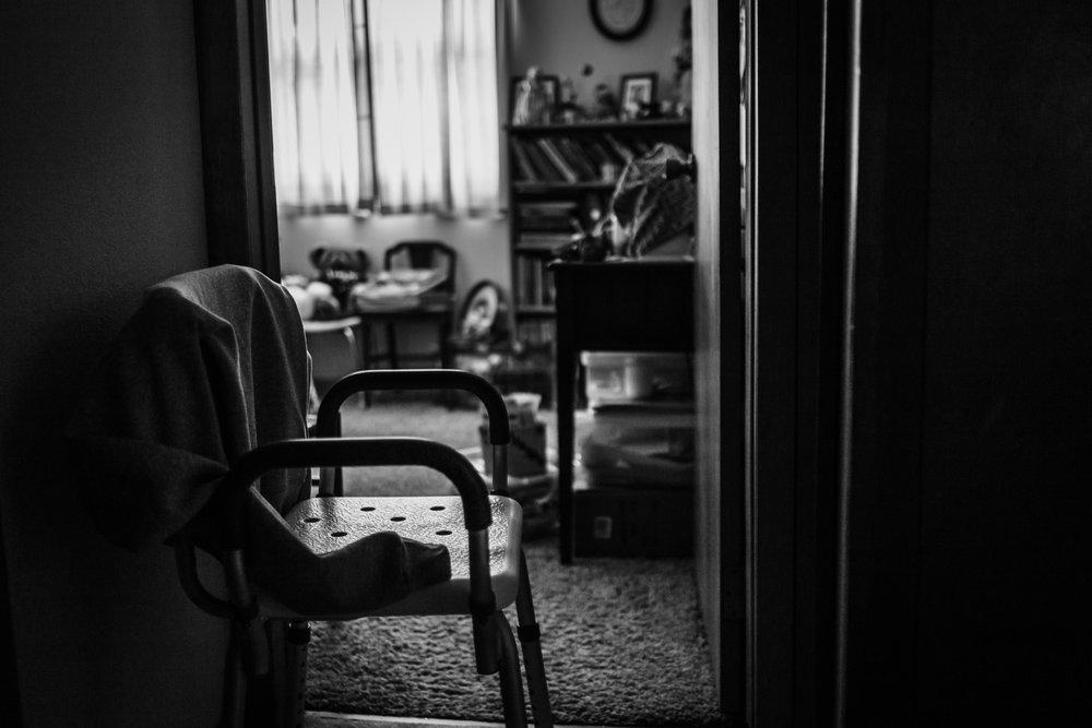 Lifestyle Documentary Great Grandparents Made Beloved Photography Cedar Falls Iowa-18.jpg