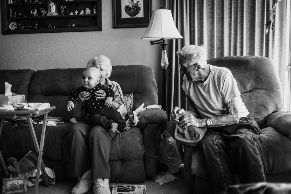 Lifestyle Documentary Great Grandparents Made Beloved Photography Cedar Falls Iowa-34.jpg