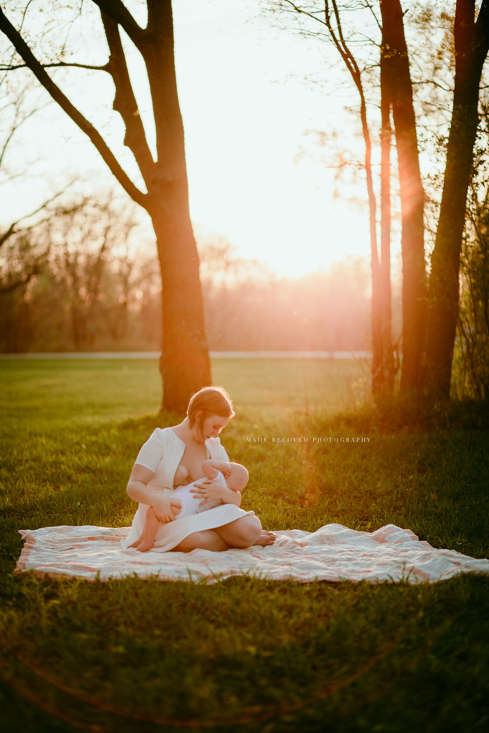 CEDAR VALLEY BREASTFEEDING AWARENESS PROJECT MADE BELOVED PHOTOGRAPHY IOWA-31.jpg