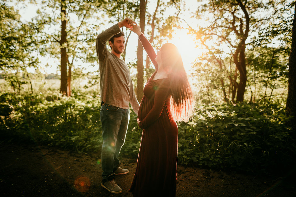 COUPLES MATERNITY SESSION MADE BELOVED PHOTOGRAPHY CEDAR FALLS IOWA-14.jpg