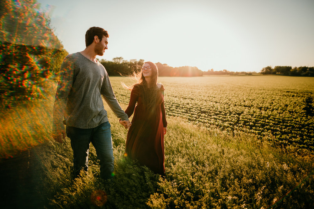 COUPLES MATERNITY SESSION MADE BELOVED PHOTOGRAPHY CEDAR FALLS IOWA-20.jpg