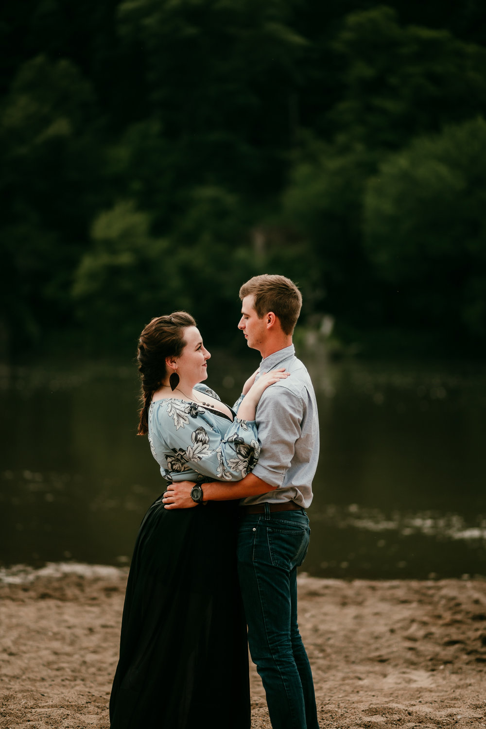 IOWA COUPLES SESSION CEDAR FALLS MADE BELOVED PHOTOGRAPHY-39.jpg