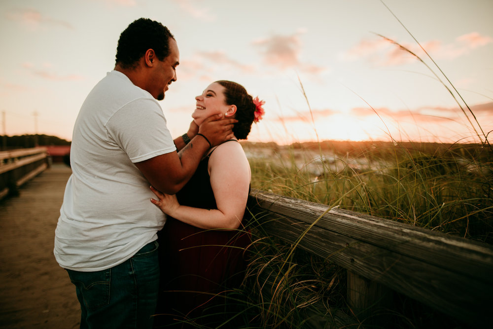 BEACH MATERNITY SESSION MADE BELOVED PHOTOGRAPHY CEDAR FALLS IOWA-2.jpg