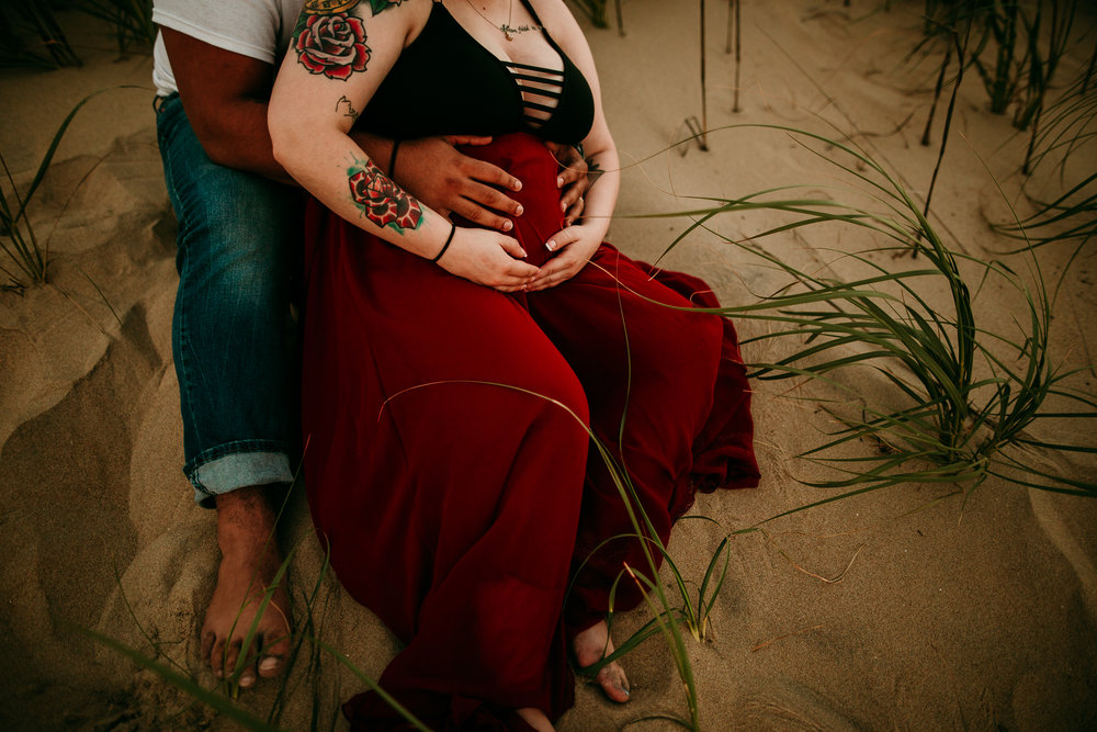 BEACH MATERNITY SESSION MADE BELOVED PHOTOGRAPHY CEDAR FALLS IOWA-10.jpg