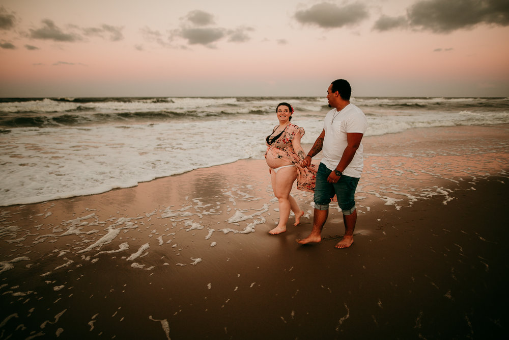 BEACH MATERNITY SESSION MADE BELOVED PHOTOGRAPHY CEDAR FALLS IOWA-16.jpg