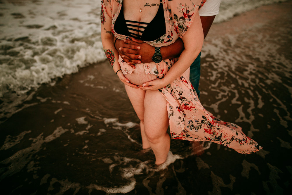 BEACH MATERNITY SESSION MADE BELOVED PHOTOGRAPHY CEDAR FALLS IOWA-25.jpg