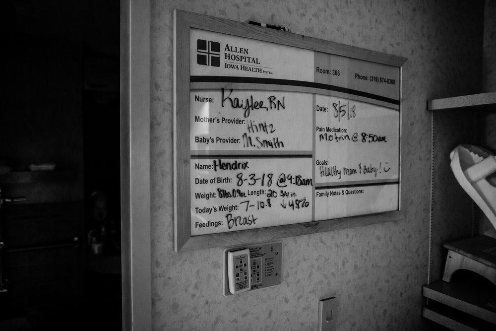 FRESH 48 NEWBORN LIFESTYLE MADE BELOVED PHOTOGRAPHY CEDAR FALLS IOWA-1.jpg