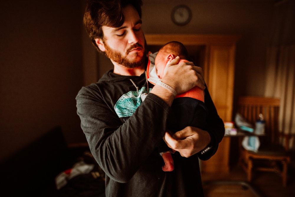 FRESH 48 NEWBORN LIFESTYLE MADE BELOVED PHOTOGRAPHY CEDAR FALLS IOWA-21.jpg