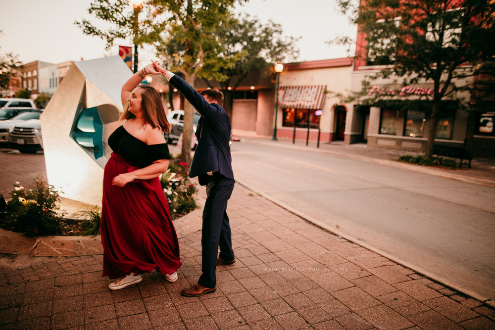 COUPLES SESSION MADE BELOVED PHOTOGRAPHY CEDAR FALLS IOWA-10.jpg