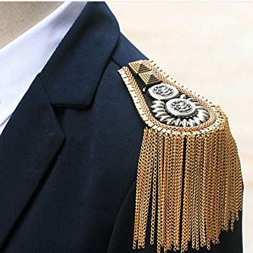 epaulette-fashion-shoulder-blazer-copyright