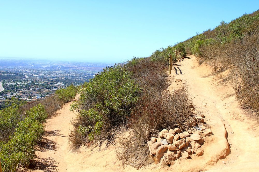 Cowles-Mountain-Switchbacks.jpg