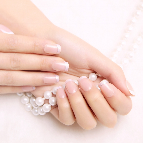 New-2015-fashion-women-french-False-Nails-elegant-OL-natural-Fake-Nail-pink-short-design-artistic.jpg