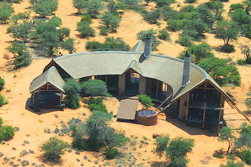 Hunt Namibia Kalahari OutPost87.jpg