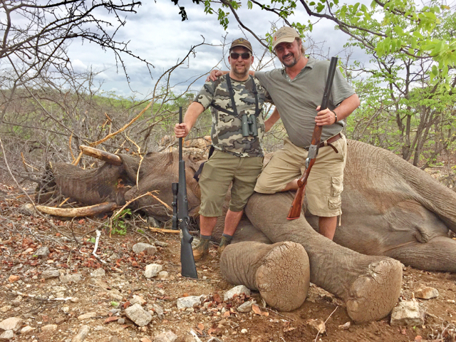 Hunt in africa- elephant hunt
