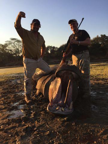 Hunt in Africa 70.jpg