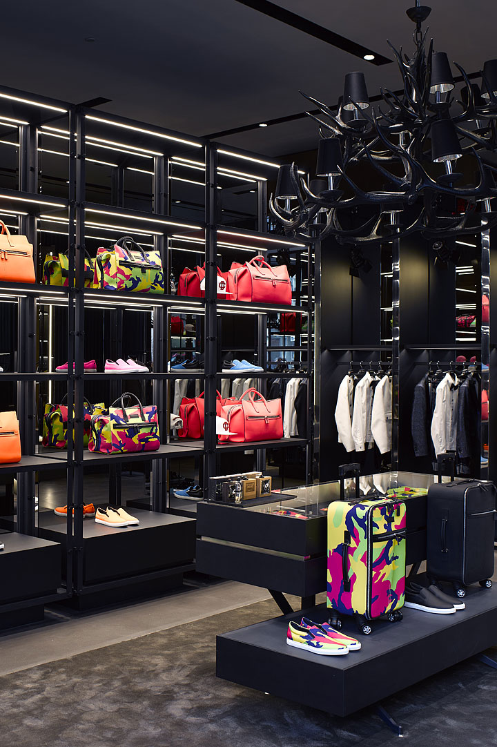 dsquared2-london-boutique.jpg