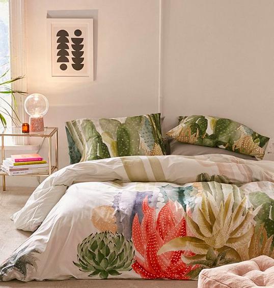 Urban Outfitters: Housse de couette et oreillers Cactus.