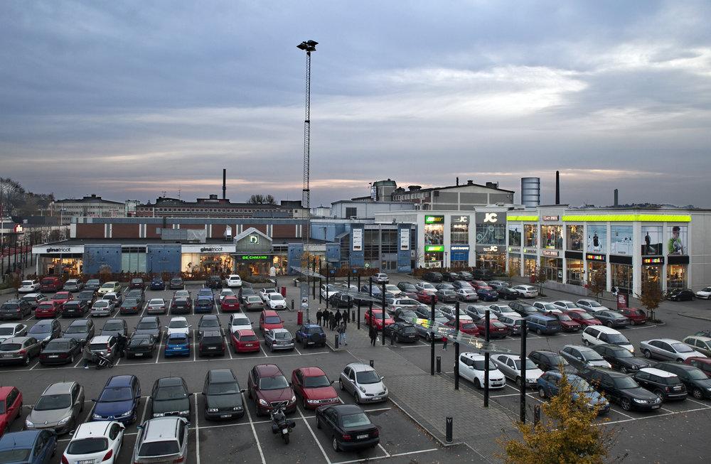 Retail Warehousing