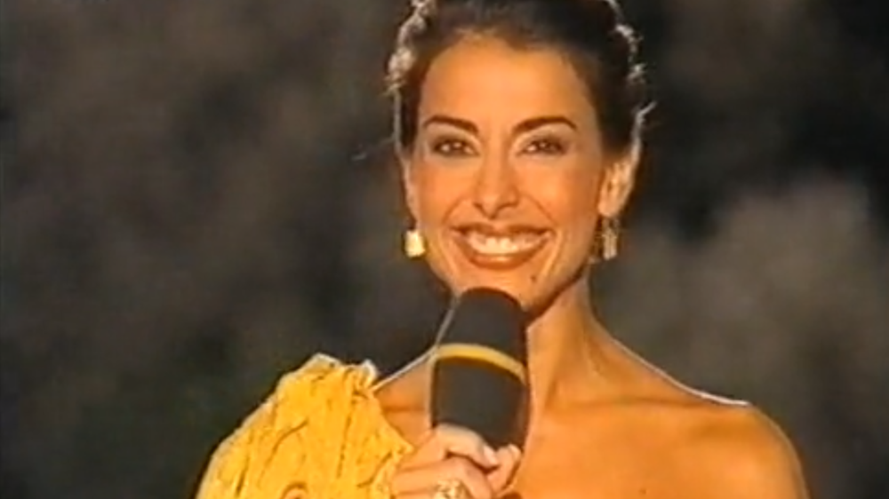 Gala da Lusofonia - [Lusophony Gala]With Catarina Furtado as host and the production of Iniziomedia, the Lusophony Gala remains in the memory of the RTP audience as a multicultural show that honoured the roots of the Portuguese Language and the countries that give it their voice.