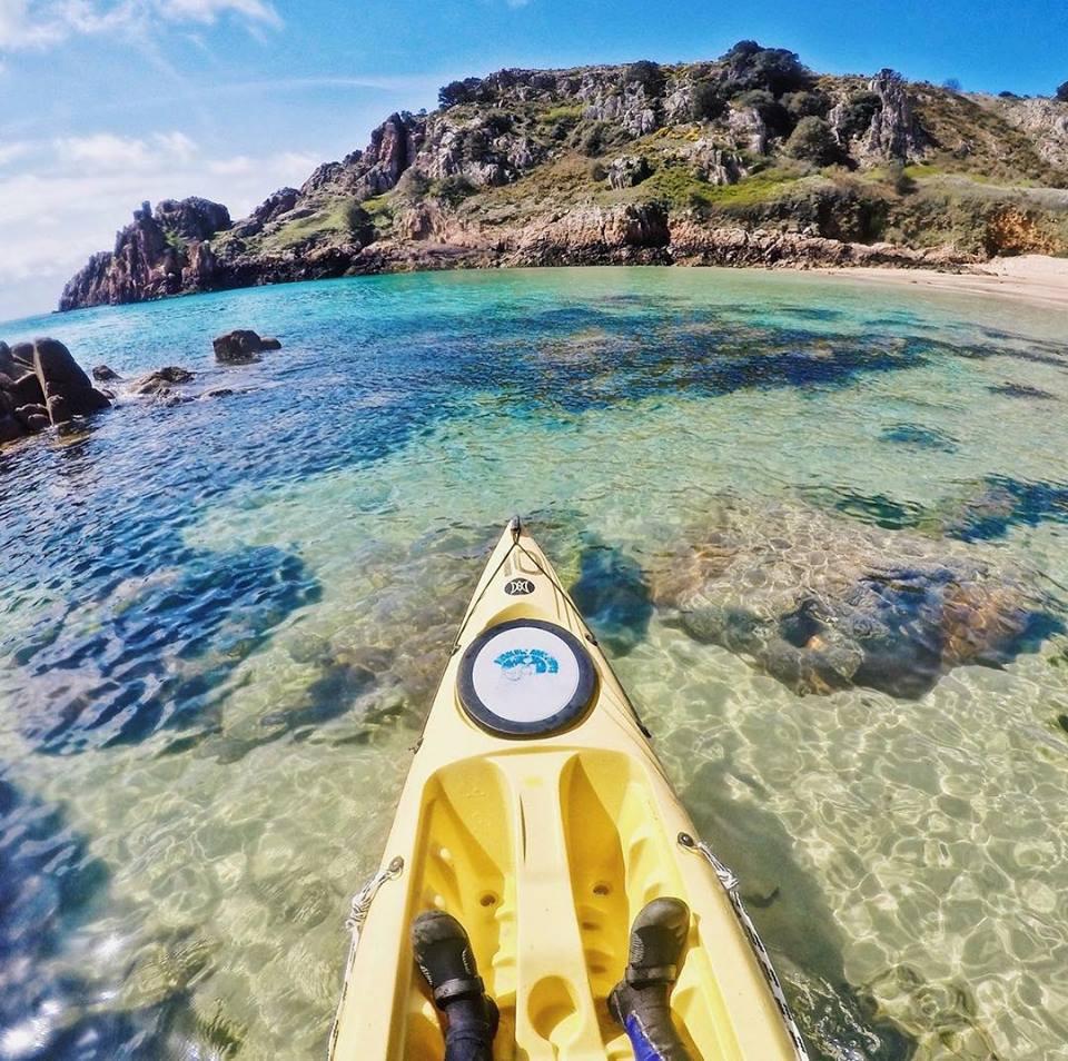 Kayak Jersey Absolute Adventures 3.jpg