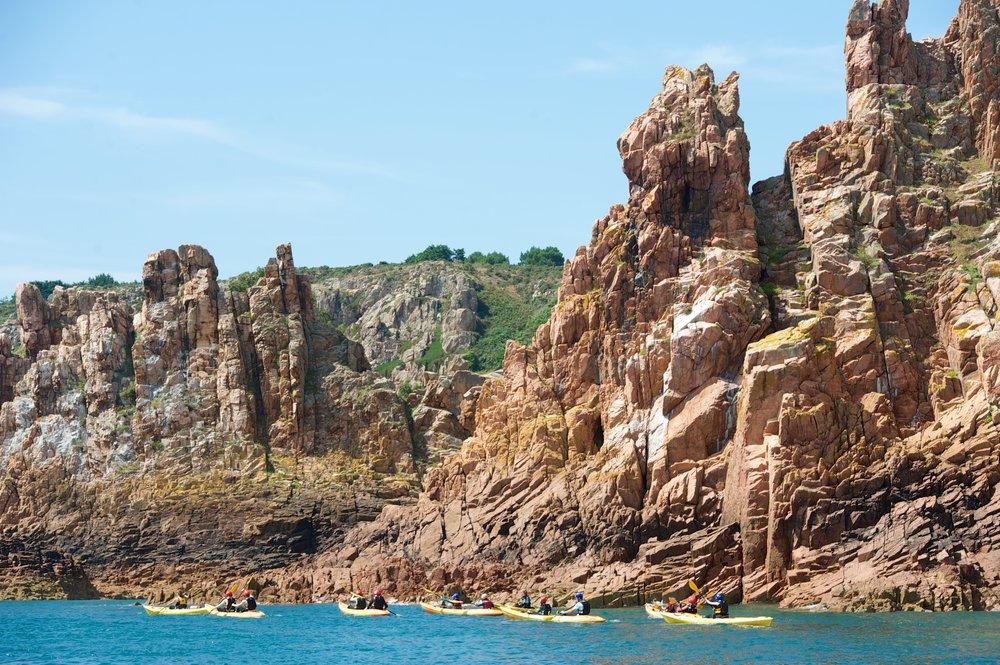 Kayak Jersey Absolute Adventures 2.jpg