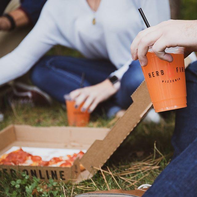 Cute date idea: Herb & Fire Pizzas and a picnic 🍂🍕. . .#Getfiredup #picnic #fall #pizza #grandrapids #eatgr
