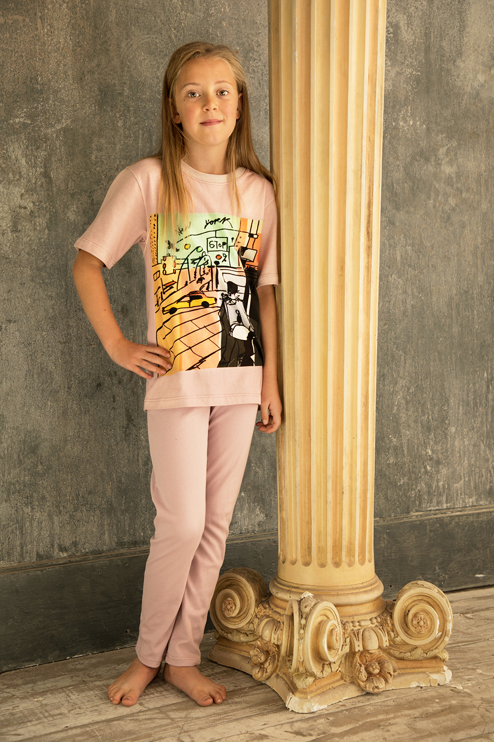 New York Street   The New York scene pyjamas for girls looks great when worn around the house on both weekends and evenings. Prices from £15.  Made from 100% Cotton.   Click to buy.