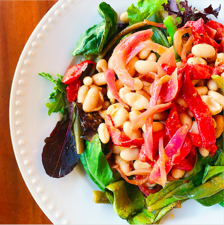 Mediterranean Salad with White Beans