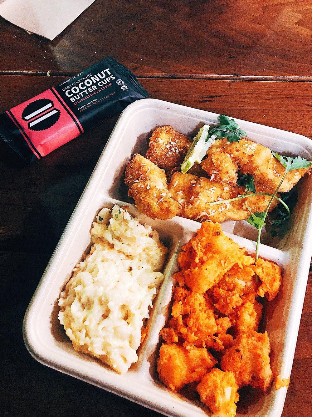 Erewhon Market - hot bar: mac&cheese, buffalo cauli bites & panko Chicken Tenders