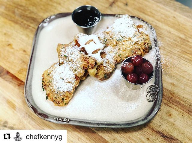 #Repost @chefkennyg with @get_repost ・・・ Smoked Fried Chicken Thighs, Bourbon Maple Syrup, Pickled Grapes #brunch #chickenandwaffles #southern #modernsouthern #904 #jaxbeach #chicken #friedchicken #jacksonvillebeach