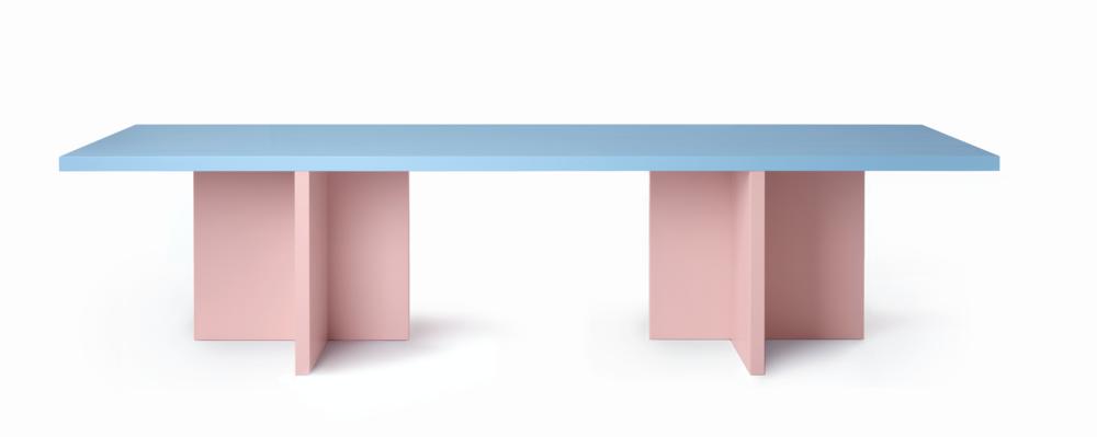 ELIO table / Pic by Ragnar Schmuck