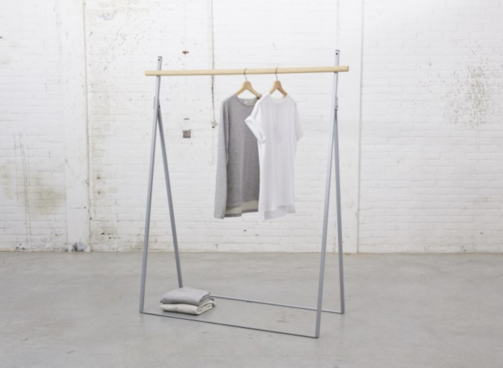 Clothing rack Vapor by  Yaco Studio  - Official photo