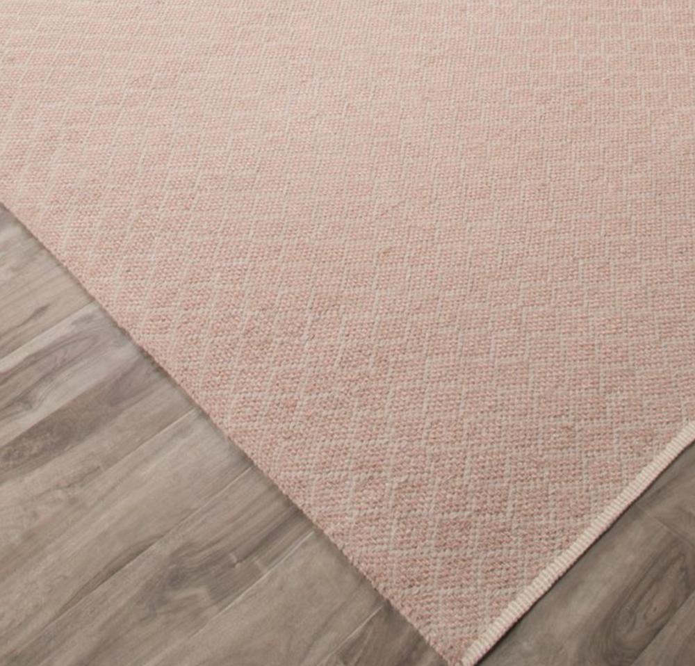 carpet_pink.jpg