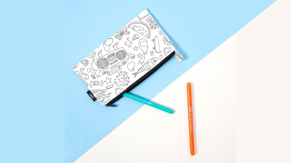 Coloring pencil case by  OMY  to be personalized by your kid!