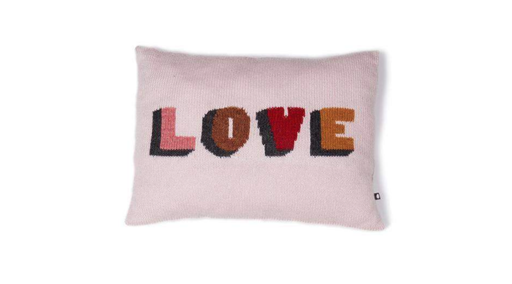 Baby Alpaca Love Pillow  - Official picture