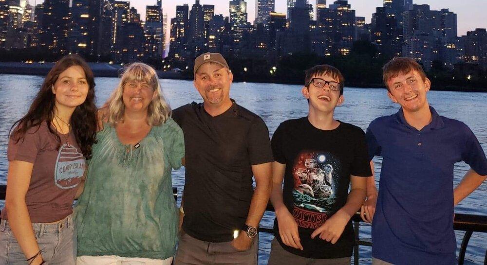 Lunn, Dave, Lori, Josie, Andrew, Mark