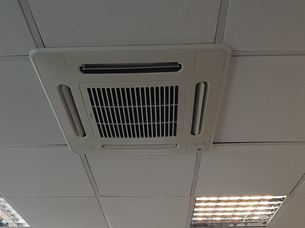 Twin Split Air Conditioning system (Heating & Cooling) for the Diverse Yachts Warehouse - Location: Hamble, Hampshire
